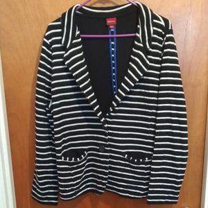Mernoa Black & White Striped Blazer